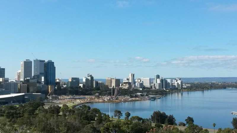 swan river singles over 50 Coursing through the city of perth, the swan river is a historic attraction that was inhabited by perth's indigenous tribes, the noongar people, for over 45,000 years.